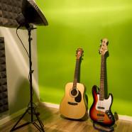 תמונה גיטרות